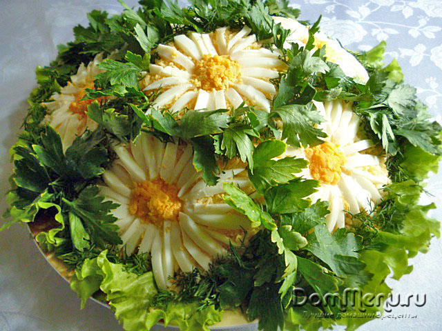 "Salat ""Romashka"""